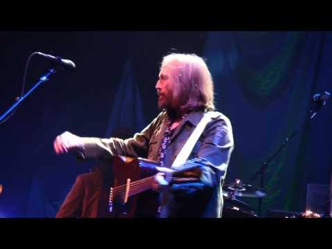 5  Into The Great Wide Open TOM PETTY & HEARTBREAKERS LIVE Chicago United Center 8-23-2014