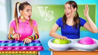 Pop It vs Simple Dimple College!