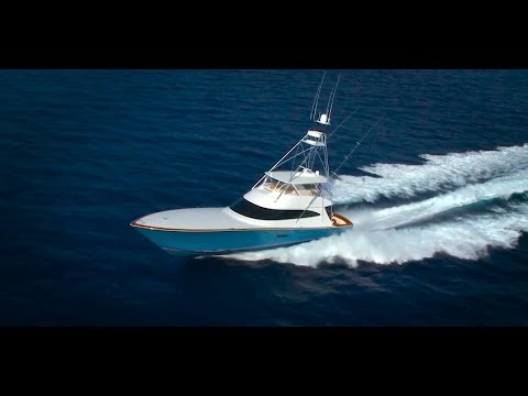 Review of the 2016 Viking Yachts 80 Convertible