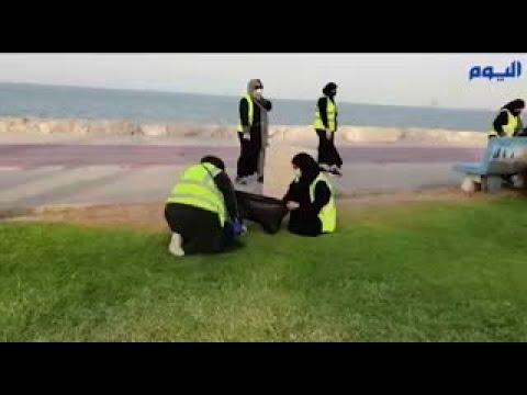 230 متطوعا ينظفون كورنيش الغدير بسيهات