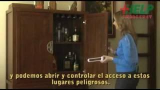 Seguridad en el hogar: precauciones con las puertas de los muebles   www.facemama.com