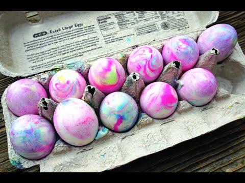 Βάψε τα αυγά σου με τον πιο γρήγορο τρόπο! thumbnail