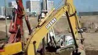 Soilmec R-312/200 drill rig drilling