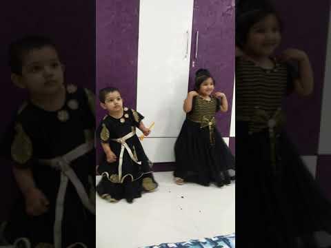 Drisha and Kashvi dancing. ♥️♥️