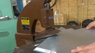 Di-Acro-Houdaille 16Ga Corner Notcher No. 2 STK 4397 Cutting 26 Gauge Sheet Metal