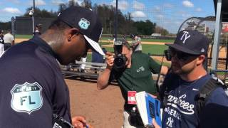 Aroldis Chapman almost hits prospect throwing BP, signs autographs