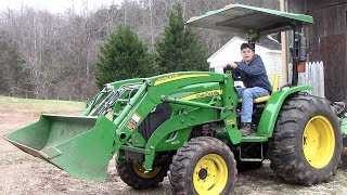 How to Operate a John Deere 4105 Tractor