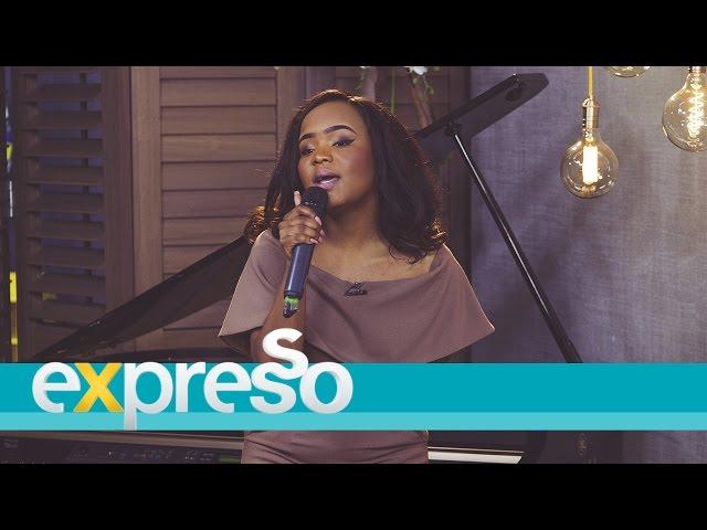Olwethu-performs-feelings-live
