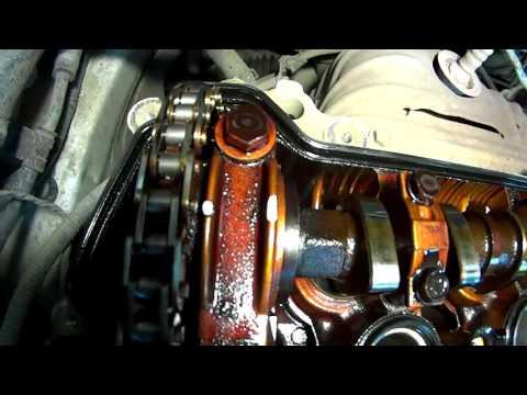 Фото к видео: Toyota Fielder 1NZ-FE замена цепи ГРМ и маслосъемных колпачков Серия 1
