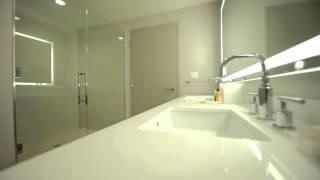 1 King Bed 1 Bedroom Premium Suite - Pool View