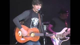 Chris Janson - Buy Me A Boat - Live