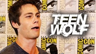 "Дилан О'Брайен, Dylan O'Brien Did WHAT With Christmas Tree? ""Teen Wolf"" - Comic Con 2014"