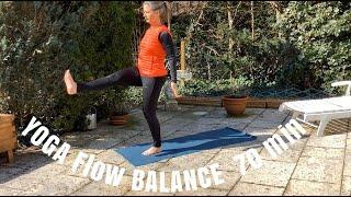 Yoga Flow mit Gabriella (70 Min.)
