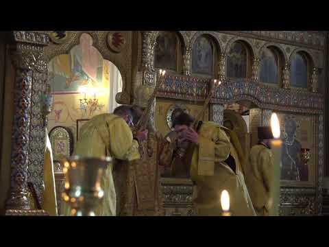 Митрополит Даниил совершил Литургию в день памяти основателя главного храма Кургана