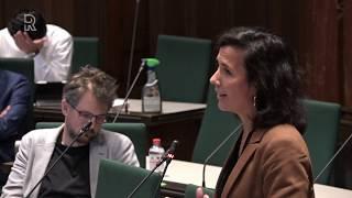 D66 Rotterdam: 'Discrimineert politie bij preventief fouilleren?'