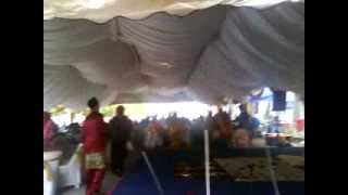 preview picture of video 'Jamuan Raya BAHRULMAZI TRAVEL & TOURS SDN BHD pd 8/9/12'