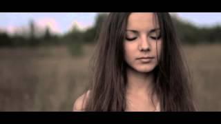 Мним ft. Marinne - Первая любовь (Official video)