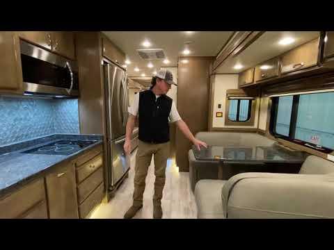 2020 Showhauler 33KTSSL in Wolfforth, Texas - Video 1