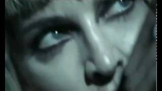 Madonna - Revolver (official music video  David Guetta Remix)2.flv