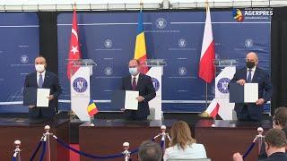 Trilaterală/Bogdan Aurescu: Trilaterala România-Polonia-Turcia funcţionează foarte bine, contribuind semnificativ la consolidarea NATO şi a flancului estic