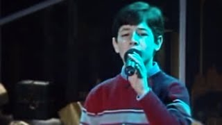 Nick Jonas' FIRST televised performance! :: Joy to the World (A Christmas Prayer) 2003