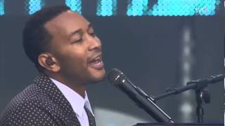 John Legend - Bridge Over Troubled Water (Live Chime For Change 2013)