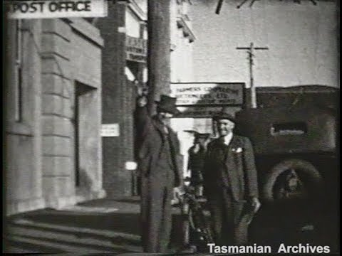 Cover image for Film - People entering and leaving Burnie Post Office. C. 1938 1939