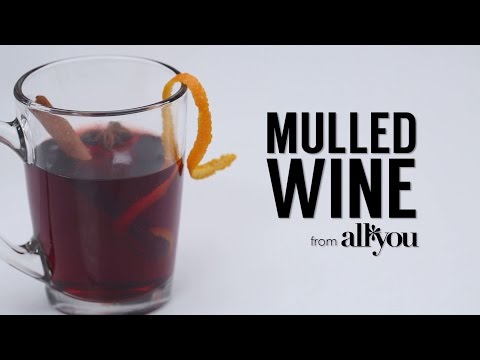 How to Make 5-Ingredient Spiced Mulled Wine