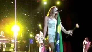 Joss Stone - São Paulo HSBC Brasil - No Woman No Cry - Flores