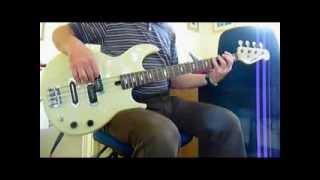 Joe Jackson..Right & Wrong Bass Cover