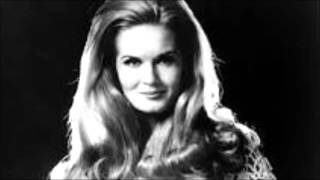 IT'S ONLY MAKE BELIEVE---LYNN ANDERSON