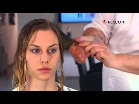 Der Haarausfall und der Schmerz des Kopfes
