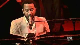 """John Legend- Live """"Each day gets better"""""""