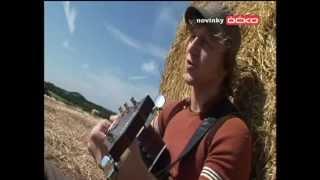 Tomáš Klus - Chybíš mi (Official video)