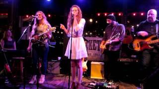 """Rachel Horter singing """"Valerie"""" live"""