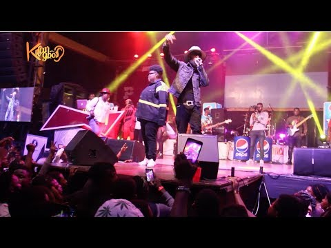Lyta , Picazo Thrills Fans As Phyno Surprises The Crowd As He Joins Teni On Stage