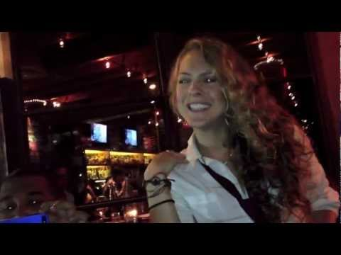 Waitress sings Boyz II Men after spilling Beer