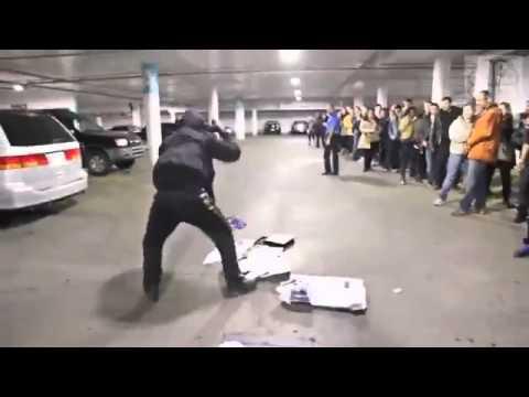 GUY  DESTROYS PS4 PRO ON BLACK FRIDAY!!!!