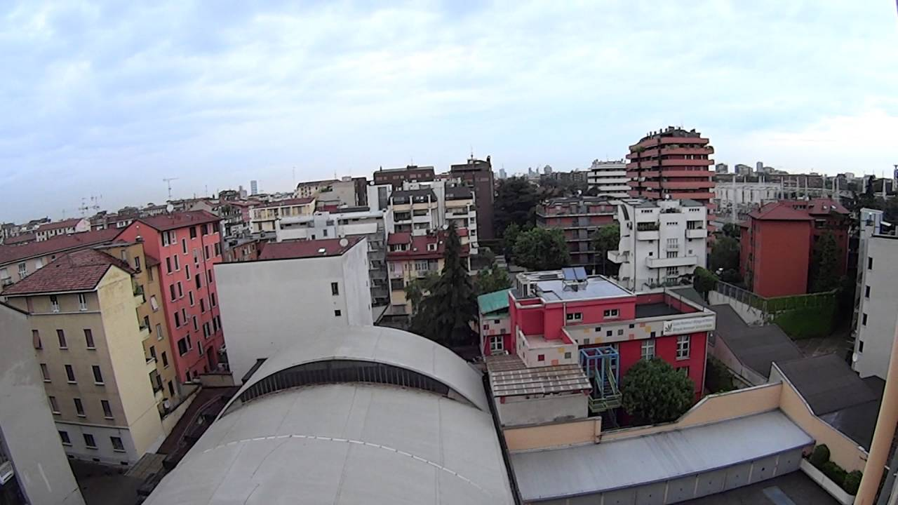 Rooms for rent in 3-bedroom apartment with AC and balcony - Stadera