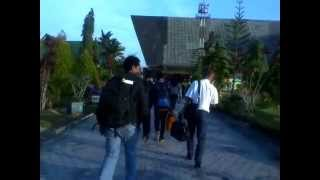 preview picture of video 'LION AIR LANDING IN THE JUWATA INTERNATIONAL AIRPORT TARAKAN'
