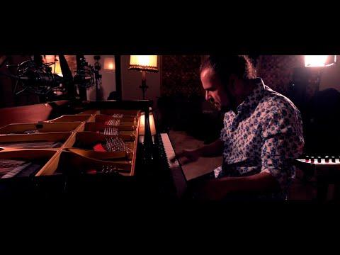 ABE RÁBADE TRÍO - SORTE LÚDICA: AMENCIDA del álbum SORTE. Edita y Distribuye NUBA RECORDS / KARONTE online metal music video by ABE RÁBADE