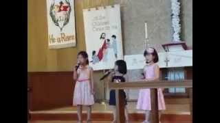 Michelle, Viona and Sisil Singing Mother