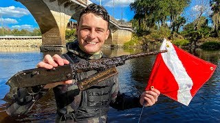 Found Gun While Scuba Diving for Murder Weapons! (Alligators Spotted)