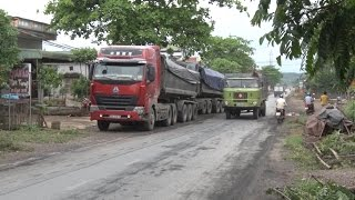 Người dân chặn đầu xe chở than vào bãi tập kết vì bức xúc trước tình trạng ô nhiễm môi trường