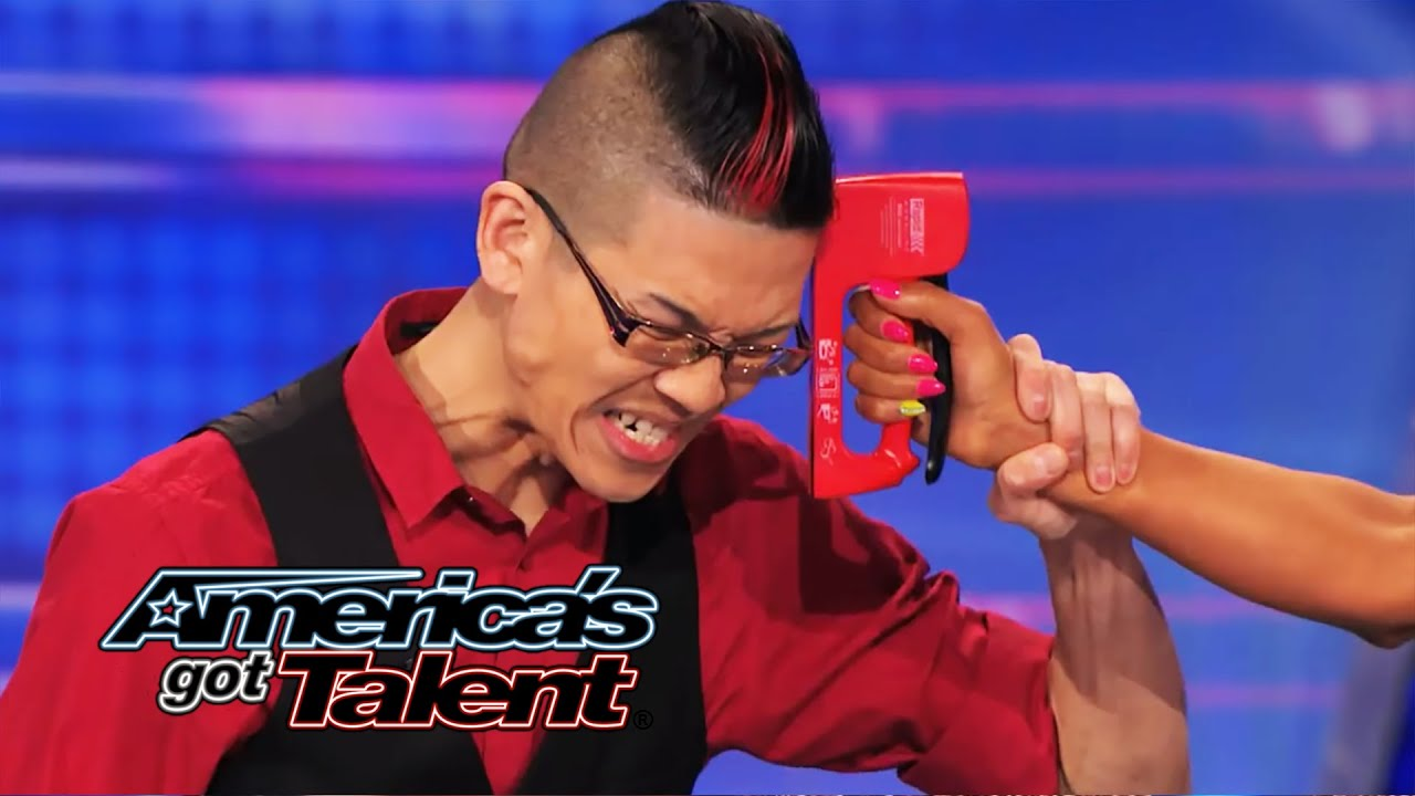 Rogue: Magician Plays Russian Roulette Game with Mel B - America's Got Talent 2014 thumbnail