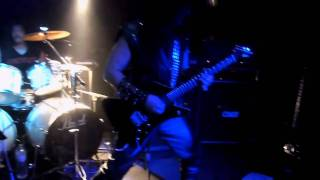 Exciter - 06 - Rule With An Iron Fist + Heavy Metal Maniac @ Helvete Oberhausen (17-09-2010).MOV