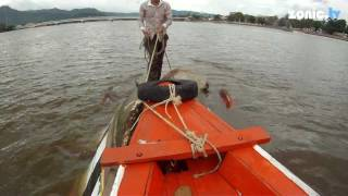 preview picture of video 'KAMPOT, CAMBODIA - BOAT ACCIDENT'