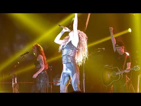 Loca / Rabiosa Medley, Shakira - El Dorado World Tour at MSG in NYC