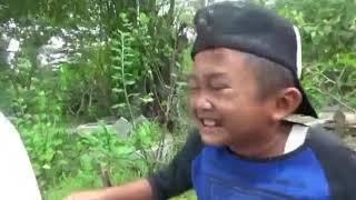 Video Lucu Hantu Gentayangan Karna Masih Punya Hutang