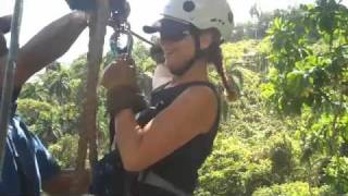 preview picture of video 'Zipline in the Dominican Republic'